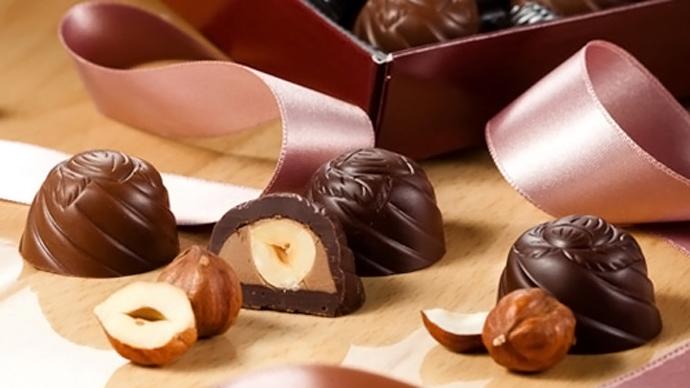 watch the chocolate war